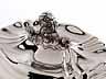 Detail images: Imposante Deckelterrine auf Présentoire