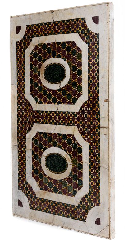 Marmorplatte mit Pietra Dura-Mosaikeinlagen