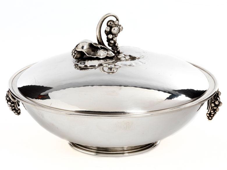 Silberne Design-Deckelterrine von Georg Jensen, Dänemark