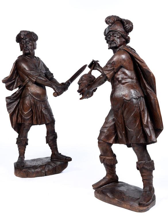 Figurenpaar in Eichenholz