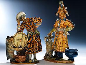 Paar museale Majolika-Figuren aus Urbino, 16. Jahrhundert