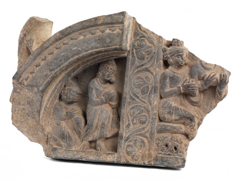 Schönes Gandhara-Relief mit Adorantenszene