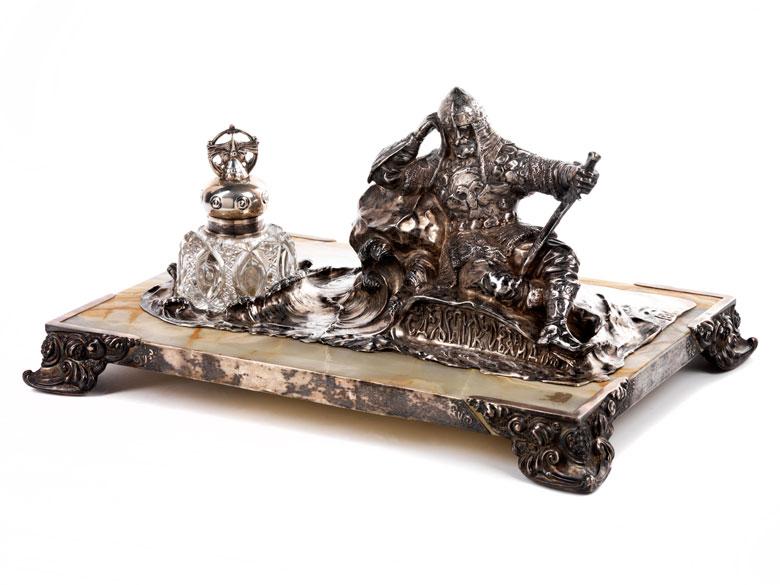 Großes, imposantes Schreibzeug in Silber, Onyx und geschliffenem Kristall
