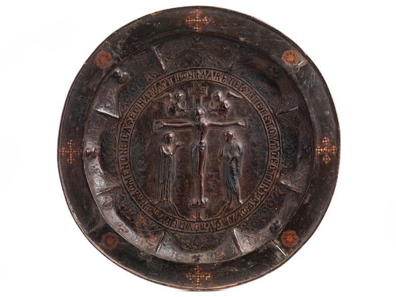 Museale, seltene, byzantinische Reliefplatte mit Kreuzesdarstellung