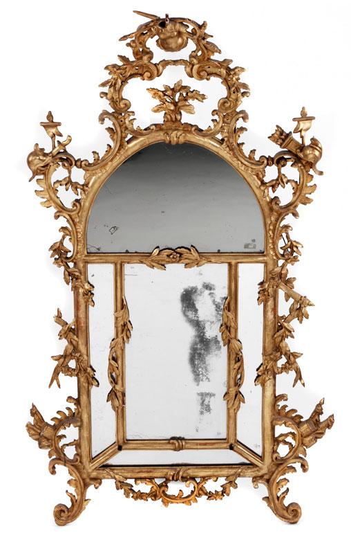 Imposanter Rokoko-Spiegel