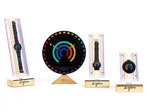 Design-Uhrenset Rainbow Collection/ Collection 1 im Präsentationskasten mit vier Uhren von Yaacov Agam, ausgeführt von Modavo um 1989