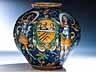Detail images:  Große Majolika-Vase