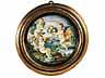 Detail images:  Paar Majolika-Teller in vergoldeten Holzrahmen