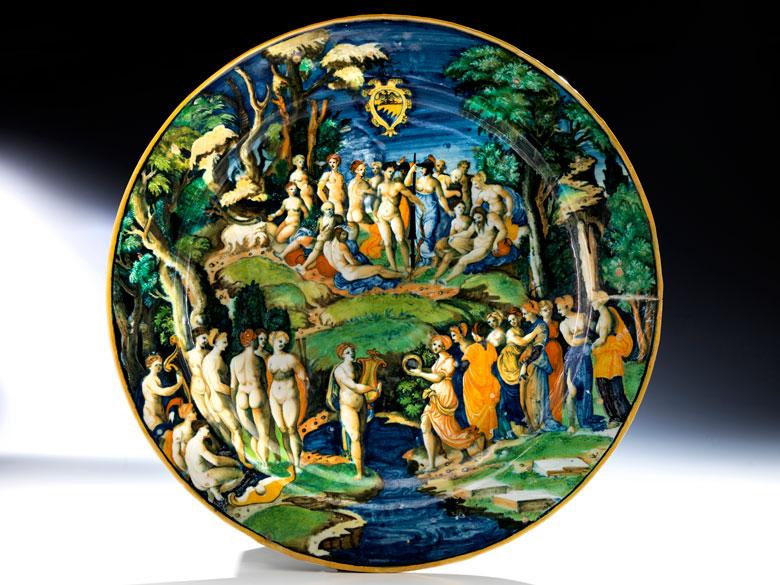 Museale, große Majolika-Platte aus der Werkstatt des Guido Durantino