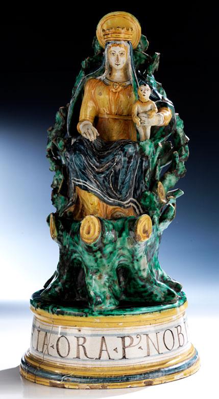 Majolika-Figurengruppe Madonna mit Kind