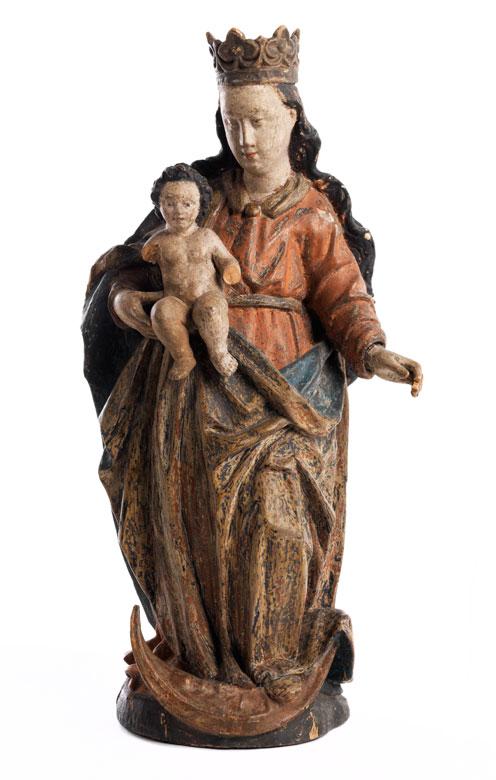 Schnitzfigur einer Mondsichelmadonna mit Kind