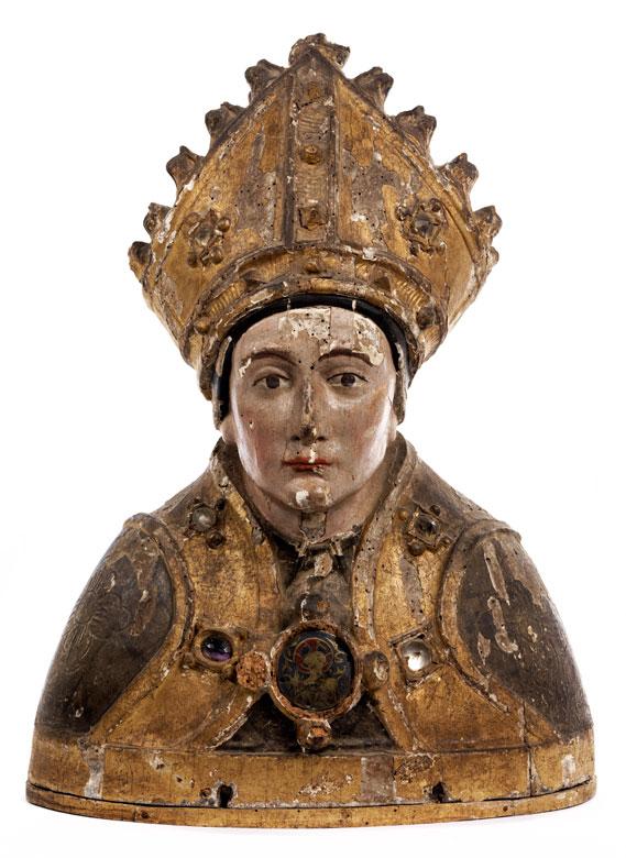 Gotische Schnitzbüste eines Heiligen Bischofs