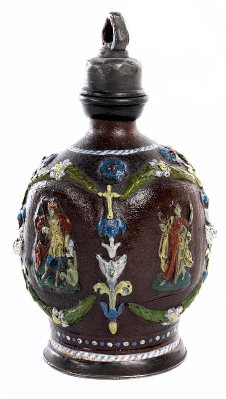 Creussener Schraubflasche mit Heiligenreliefs
