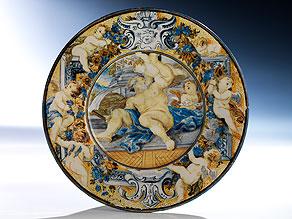 Majolika-Teller aus der Werkstatt des Carlantonio Grue (1655 Castelli - 1723)