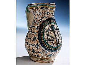 Majolika-Krug aus der Manufaktur S. Fina