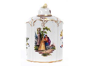 Seltene Teedose mit Watteauszenen