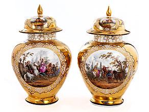 Paar Meissener Porzellan-Ziervasen