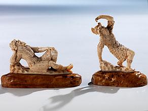Zwei kleine Elfenbein-Schnitzfiguren