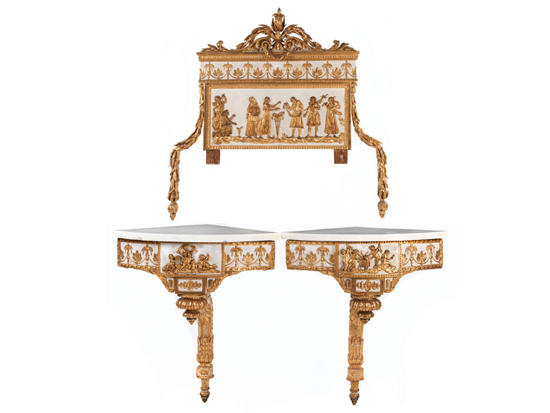 Zwei Louis XVI-Eckkonsolen und ein Spiegelaufsatz