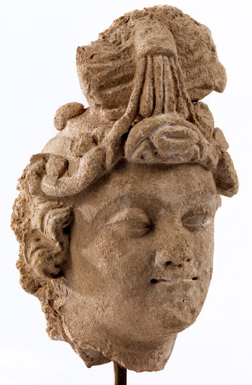 Weiblicher Gandharakopf