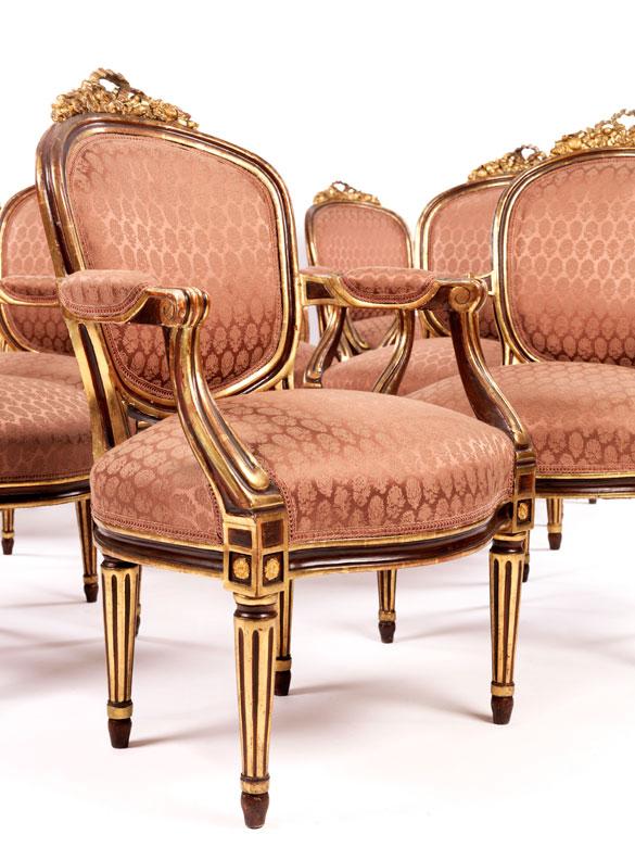 Seltener Satz von zwölf höfischen Louis XVI-Sesseln