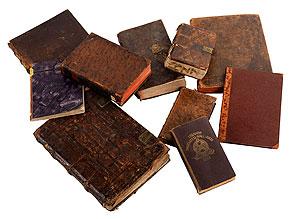 Konvolut von zehn Büchern