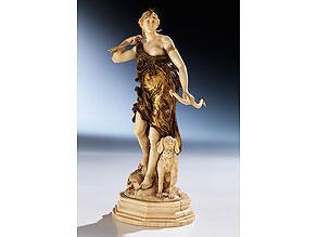 Elfenbein-Schnitzfigur der Jagdgöttin Diana