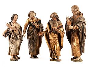 Vier geschnitzte Altarfiguren