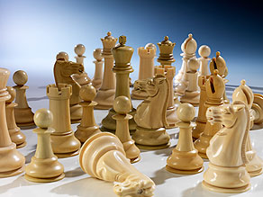 Großes Elfenbein-Schachspiel