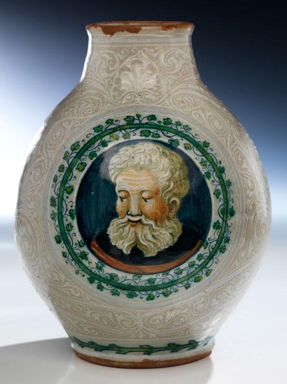 Majolika-Gefäß mit Wappen