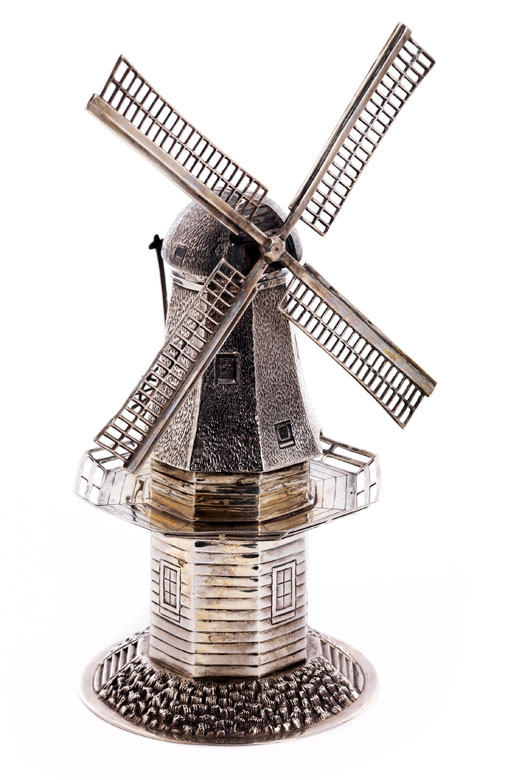 Windmühle in Silber