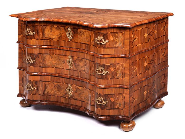 Bedeutende und seltene mitteldeutsche Barock-Kommode