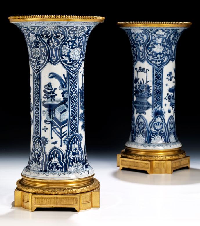 Paar Kangxi Vasen mit Ormolu-Montierung
