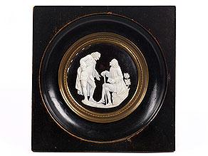Geschnitzte Miniatur von Voltaire und Rousseau