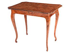 Rokoko-Tischchen