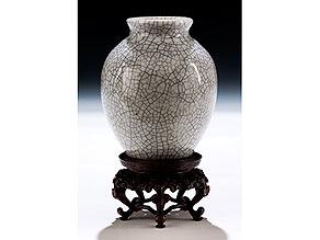 Kleine Vase mit dichtem Craquelé