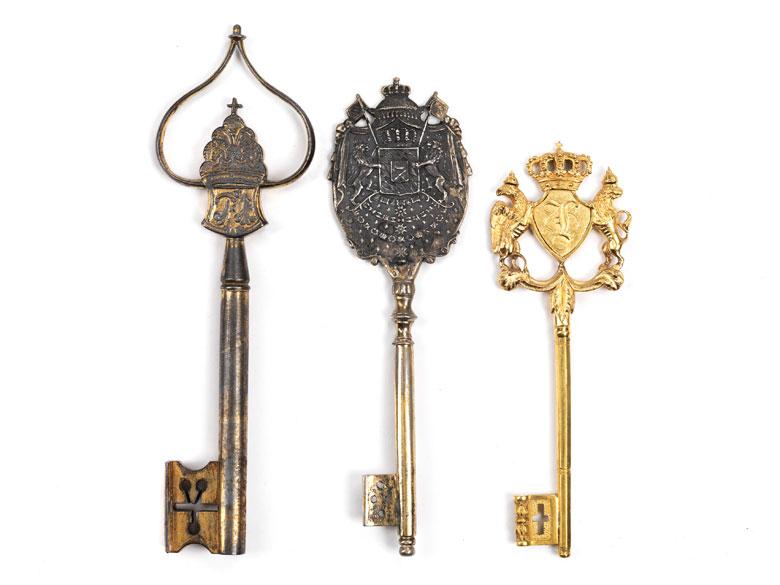 Konvolut von drei Schlüsseln