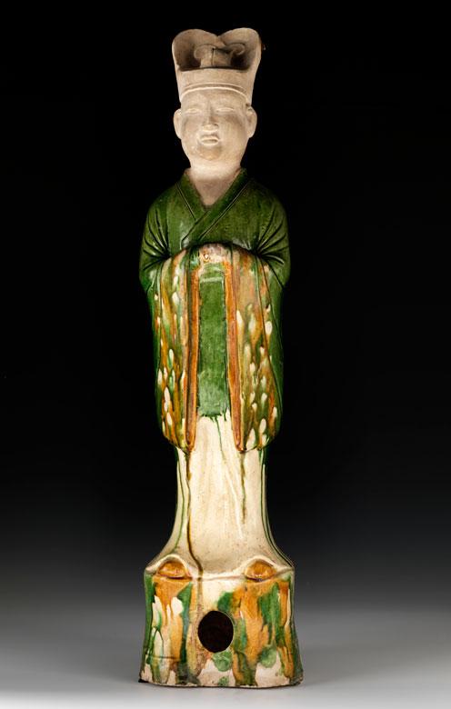 Keramikfigur eines Würdenträgers