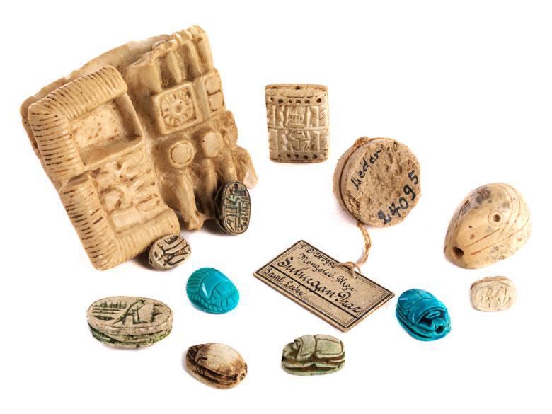 Konvolut von meist ägyptischen Objekten