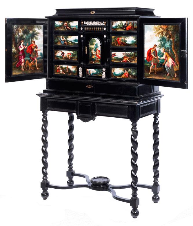 Eleganter Kabinettschrank mit prachtvoller Gemäldeausstattung