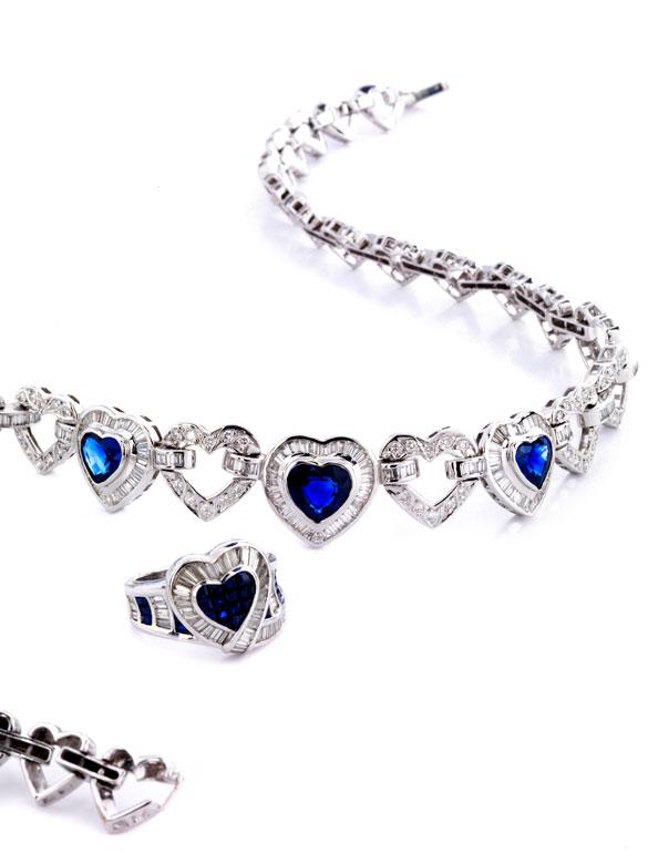 Herzcollier mit Saphiren und Diamanten