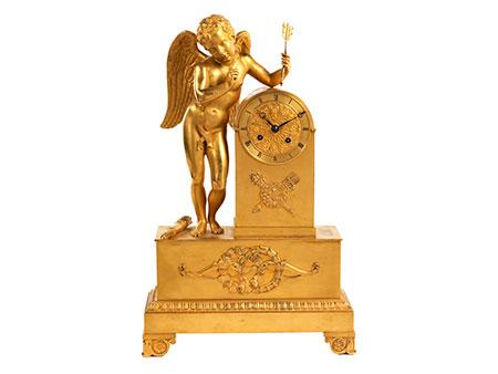 Kaminuhr in Bronze und Feuervergoldung