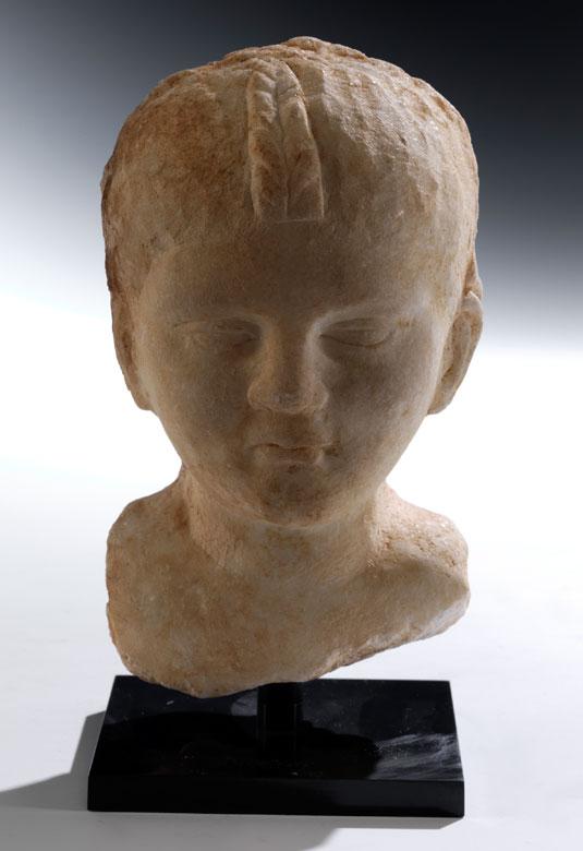 Marmor-Kinderkopf eines römischen Prinzen