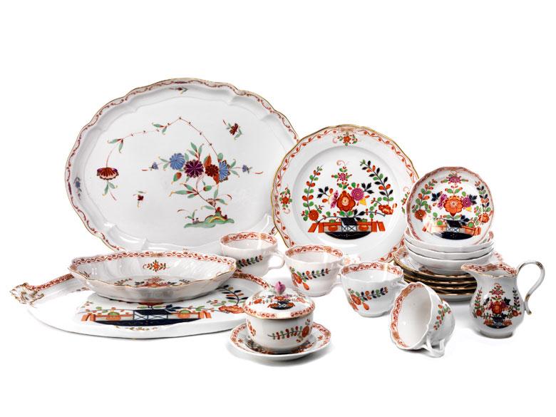 Konvolut von Meissener Porzellan mit Tischchenmuster