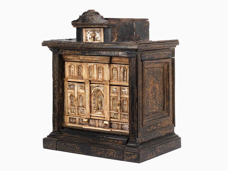 Frühes und ebenso seltenes Kabinettkästchen