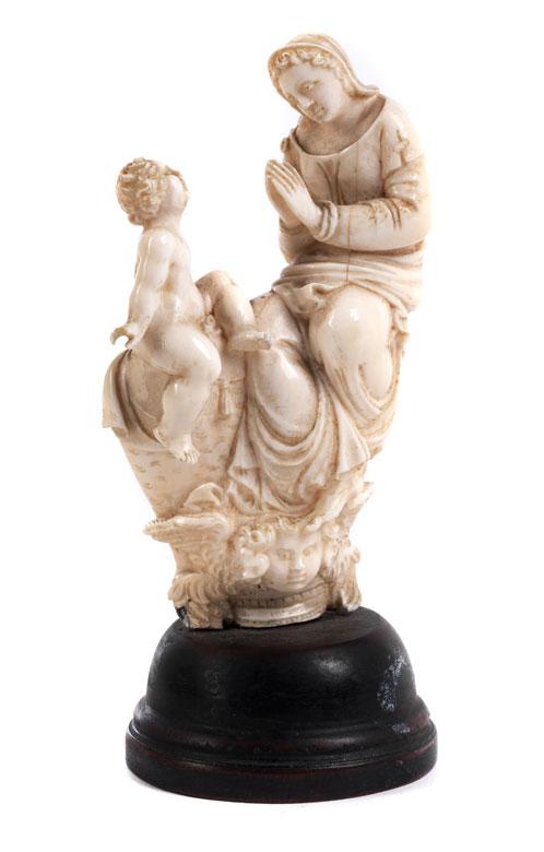Kleine Elfenbein-Schnitzfigurengruppe