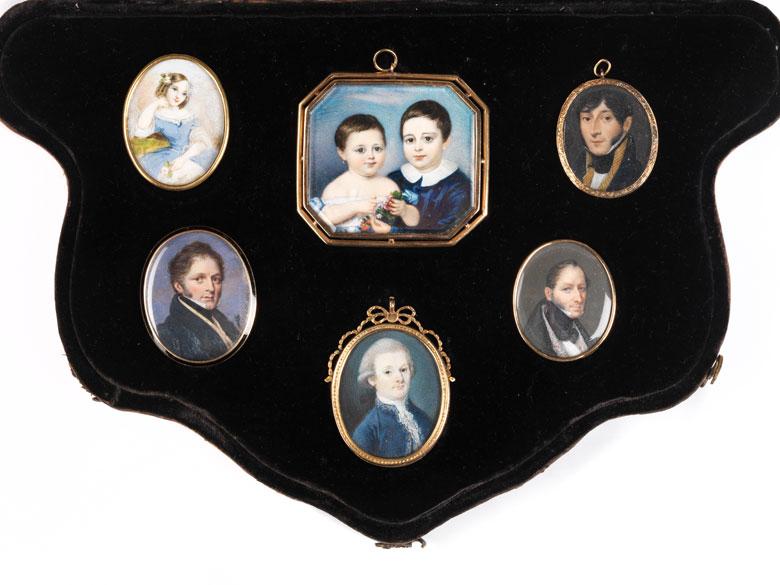 Kleine Sammlung Miniaturen
