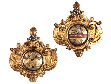 Paar Wappenkartuschen